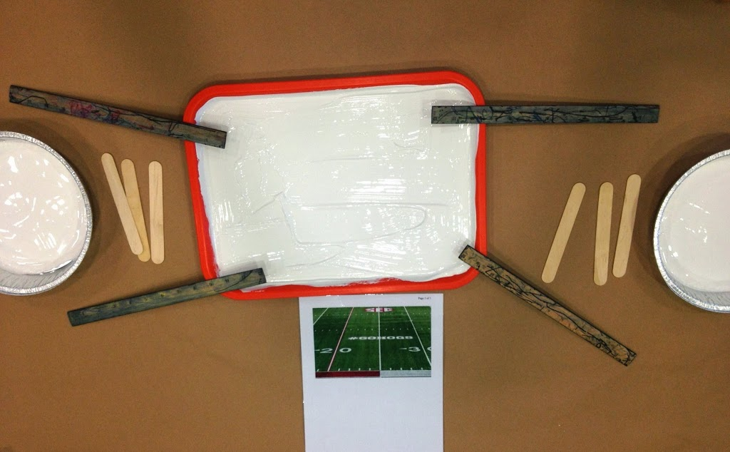 Looking for a fun way to introduce football to your little ones? Try this football painting activity for kids! It's a fun art project that teaches about football in a fun and unique way.