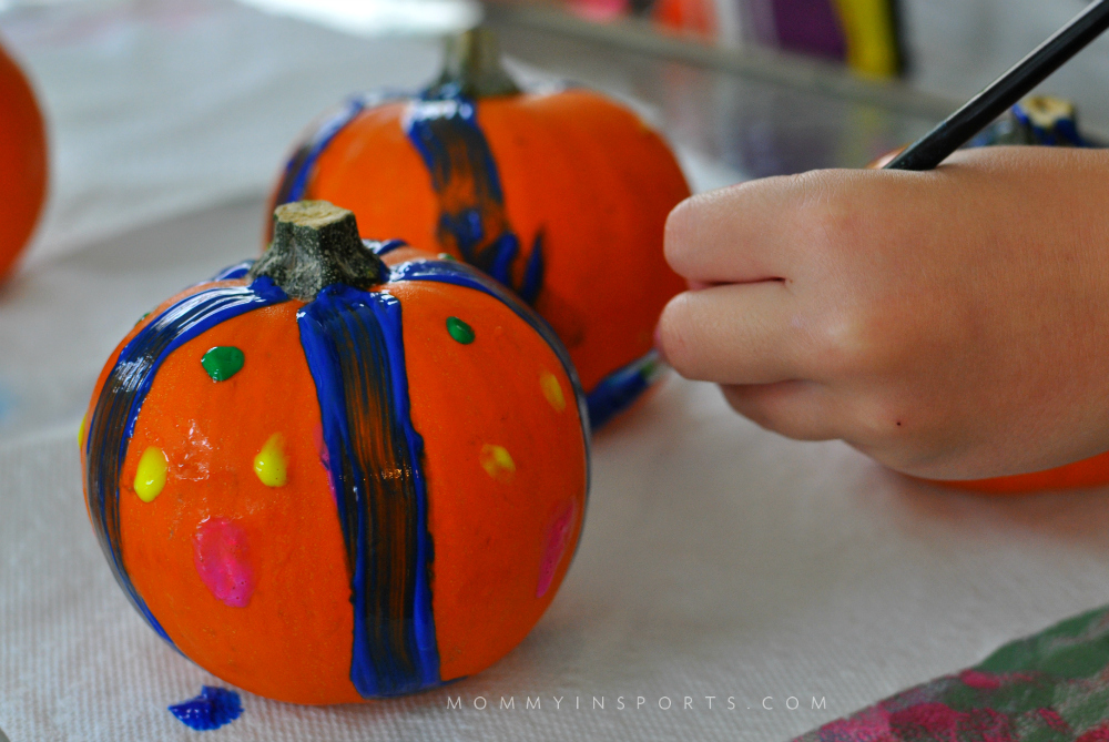 So We Paint Pumpkins Are You Looking For Some Simple Ways To Add Fall Decor Your Home Check