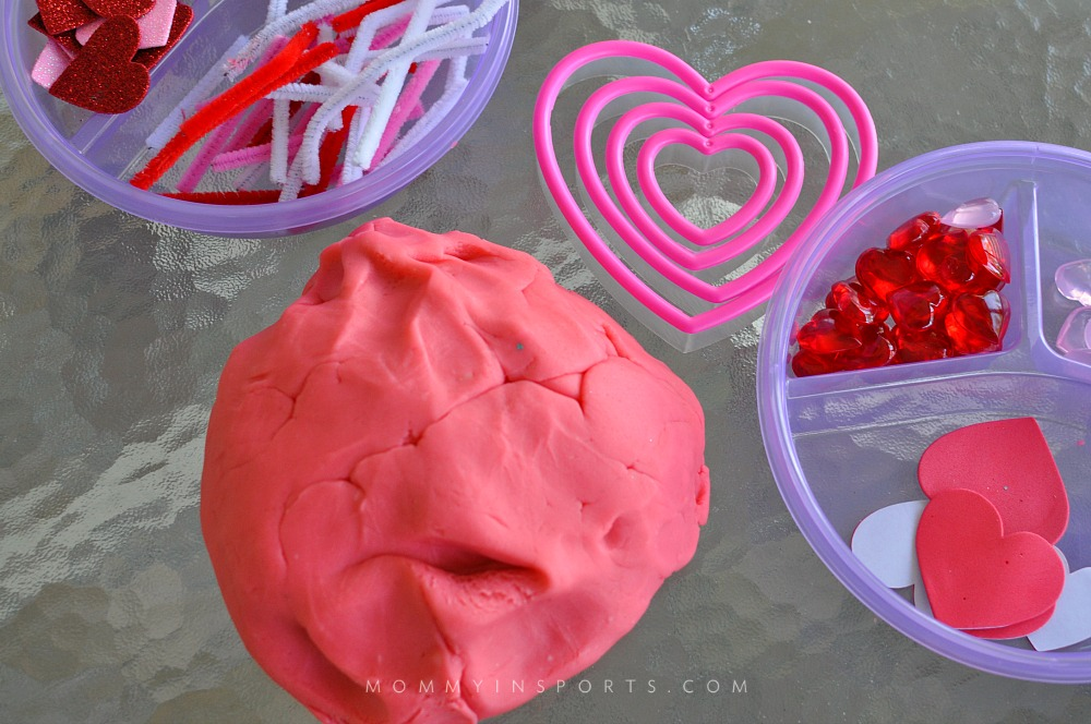 Homemade Valentine\'s Playdough