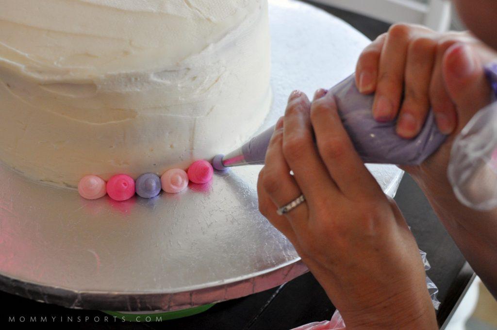 Palace Pets Cake Making dots