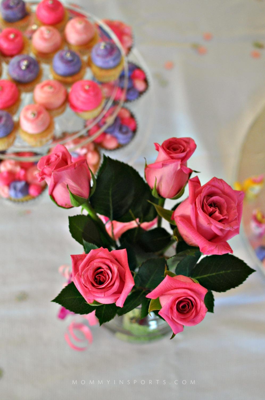 Flowers dessert table