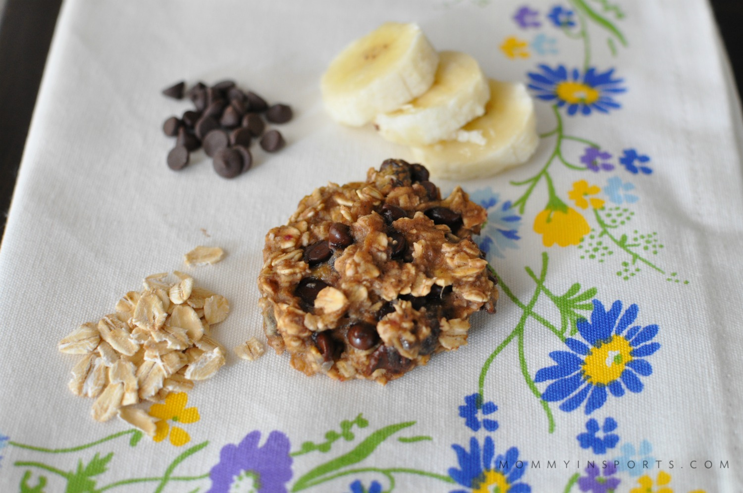 Looking for an easy recipe to make with the kids? Try these simple yet delish 3 ingredient cookies! No measuring, no mixers, no fuss!