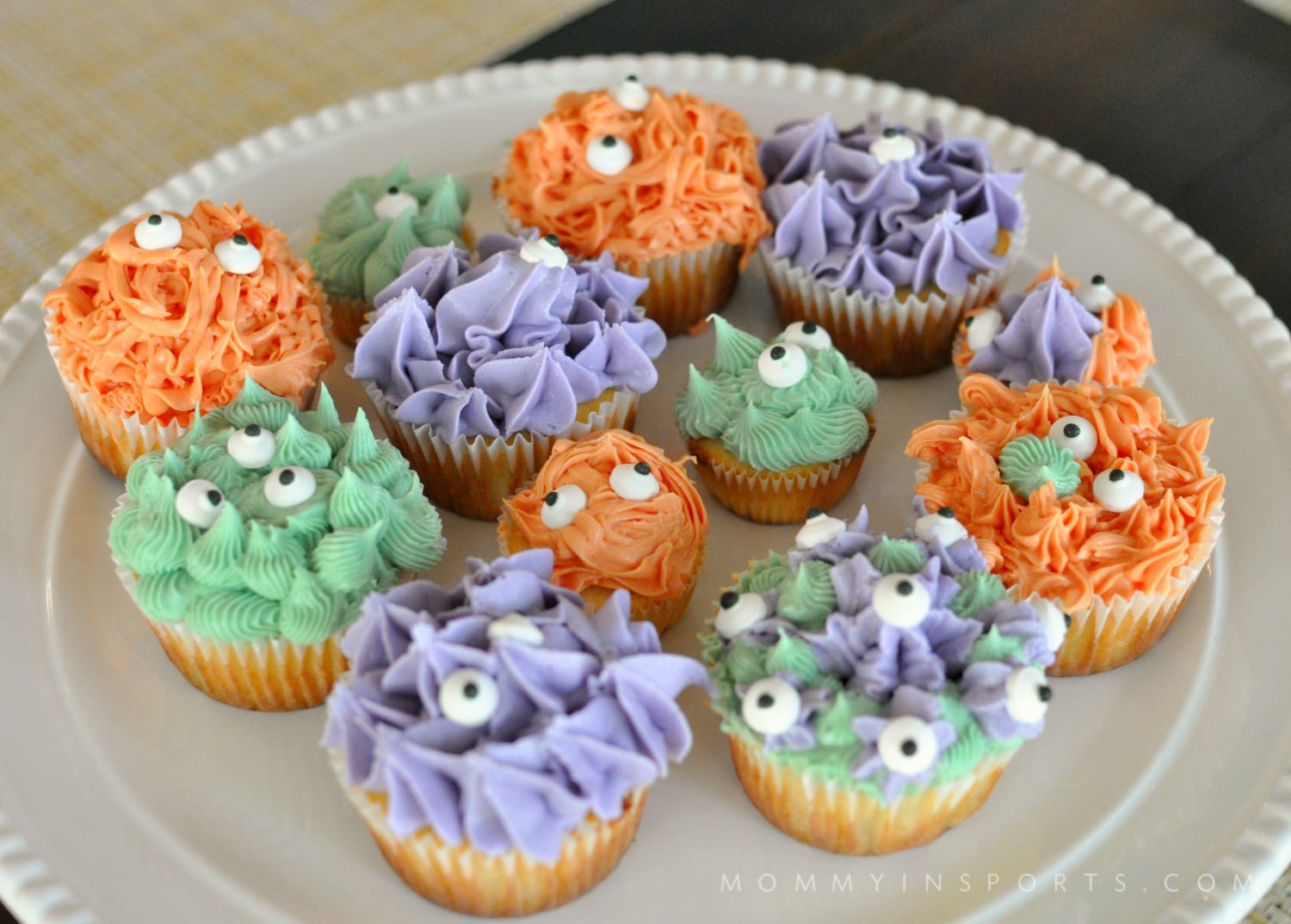 Natural Food Dye Monster Cupcakes - Kristen Hewitt