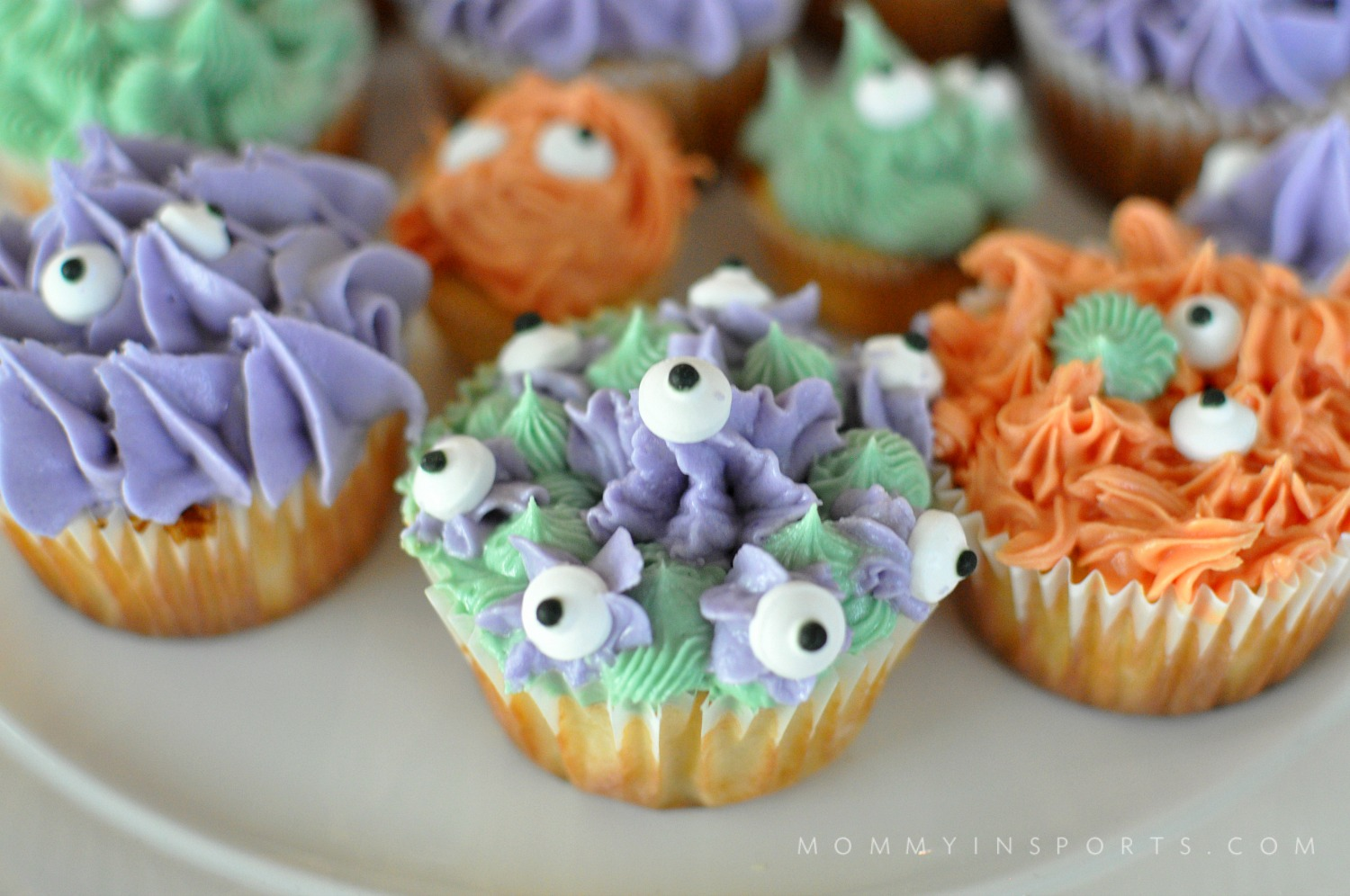 monster-cupcakes-lilas-close-up
