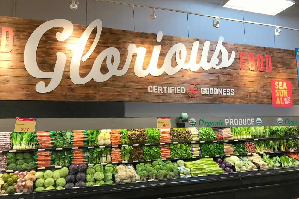 Why Everyone Needs to Shop at Lucky's Market Plantation