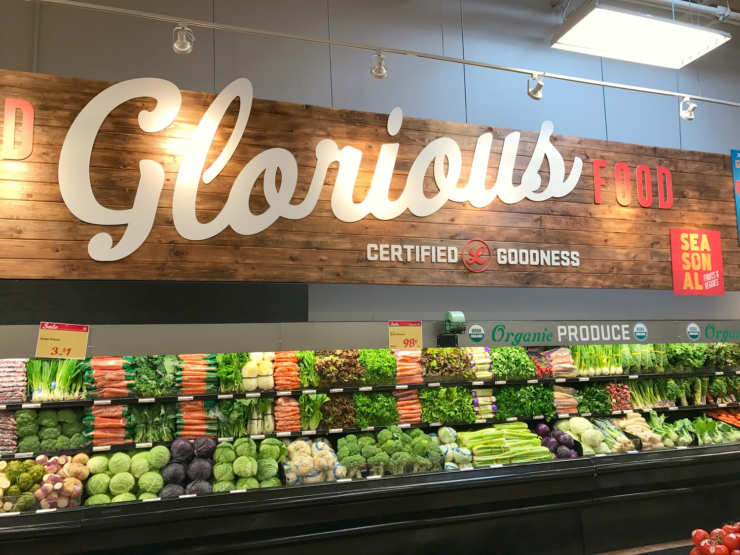 Why Everyone Needs To Shop At Luckys Market Plantation Kristen Hewitt