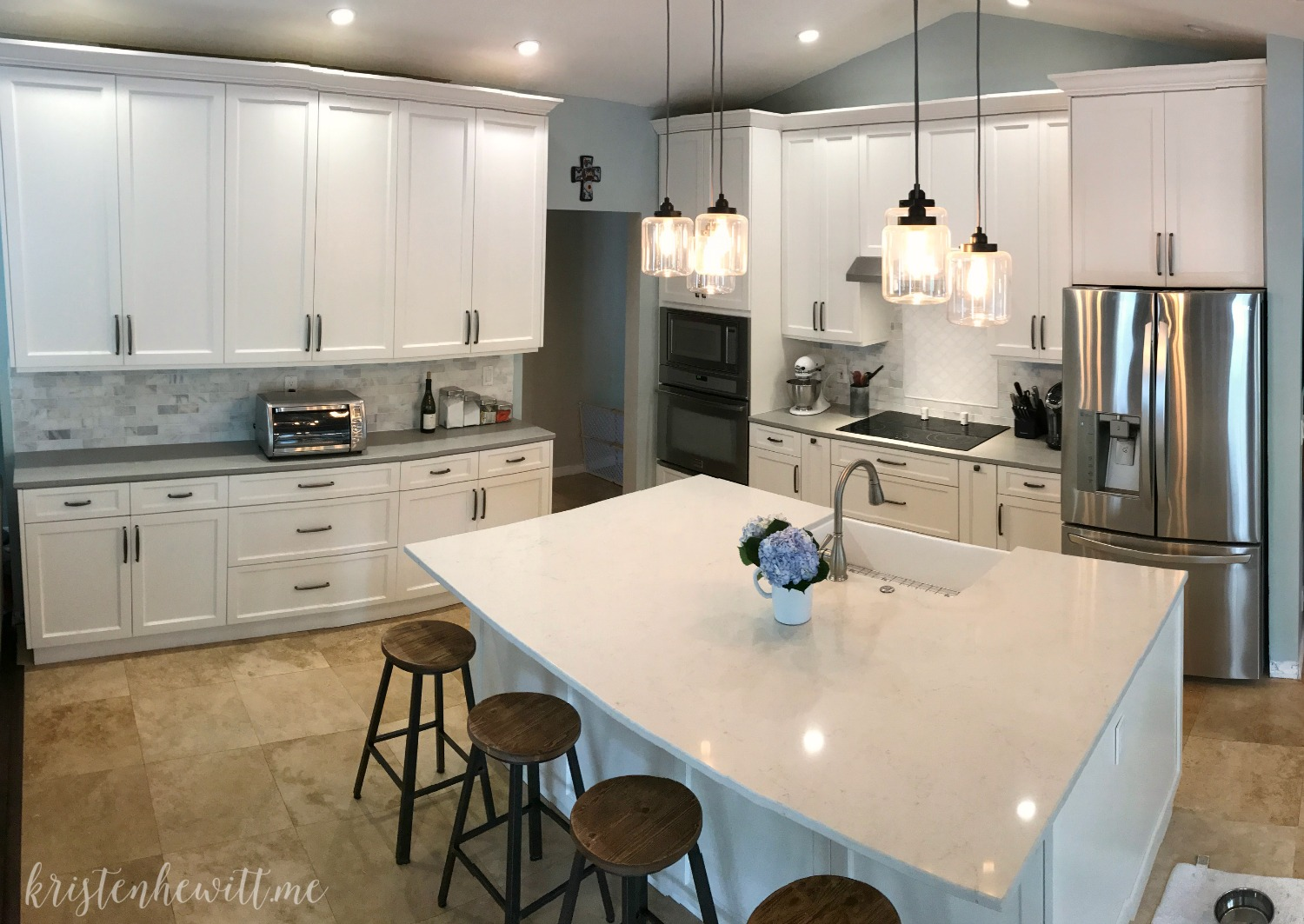 are you looking to remodel your home and add a modern farmhouse kitchen check out - Modern Farmhouse Kitchen