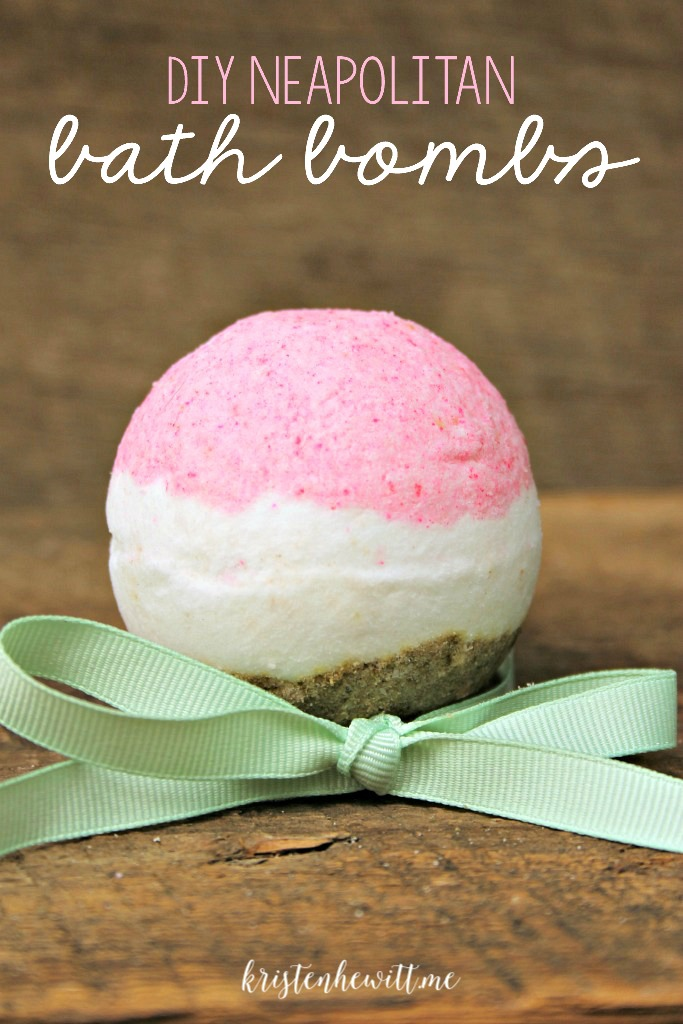 Do you love Neopolitan everything? These DIY Neapolitan bath bombs look and smell like the real thing. Give them a try and hand out for gifts!